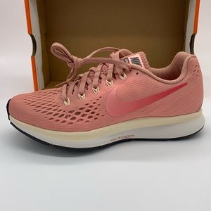 New NIKE Zoom All Out Low 2 Pink Athletic Shoe 8.5 NWT